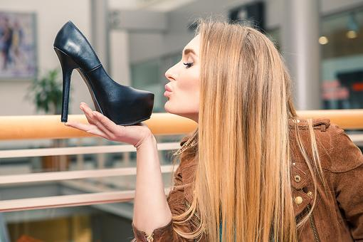 What Makes You Feel Like a Fashionista? Find Out & Enjoy It - Now!