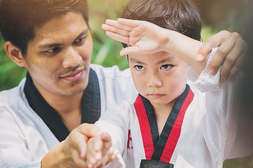 ​What Martial Arts Teaches Us About Mentorship: 5 Lessons Learned From Taekwondo (and Cobra Kai!)