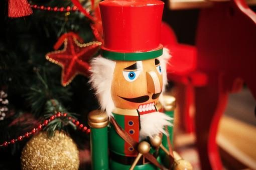Holiday Traditions: What Are Your Favorite Family Holiday Traditions?