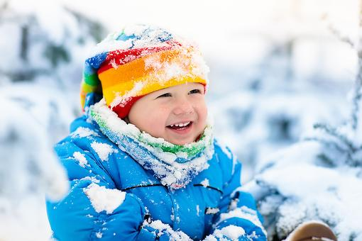 What to Do When It's Freezing Outside? Play in the Snow! (6 Things You Gotta Know First)