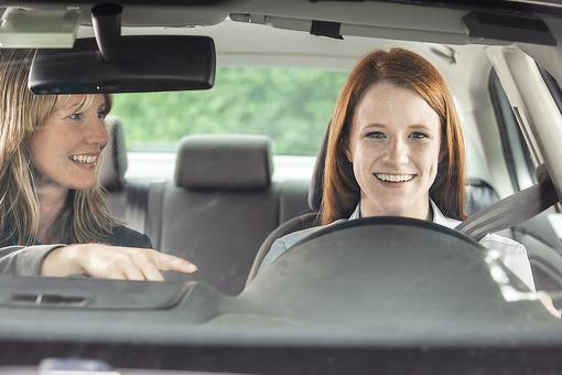 Why I'm Not a Fan of Online Driver's Education Classes for Teenagers