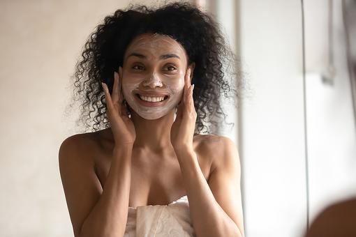 Beauty Hacks: How to Make a DIY Organic Exfoliating Facial Scrub