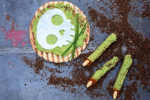 Healthy Halloween Snacks: How to Make Witch Fingers Avocado Toast!
