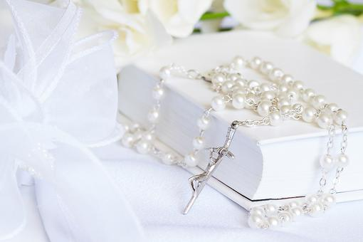 21 Thoughtful Gifts for First Communion That Will Make a Child's Blessed Day Even More Memorable