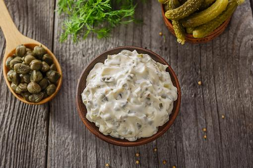 How to Make Homemade Tartar Sauce – 5 Ways!