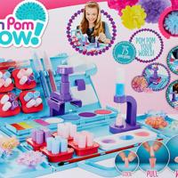Pom Pom Wow Decoration Station
